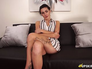 Man eating milf Laura shows off her nasty pussy upskirt