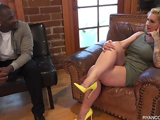 Hot MILF Exclusive Therapy