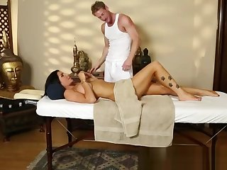 Gorgeous massage babe gets groped