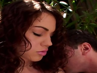 Sexually Attractive Babe With A Very Hot Bubble Arse Gets N - faith leon