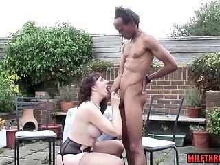 Skinny black dude fucks horny PAWG