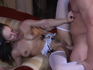 Maid pleases her master with the full pack