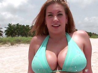 Stunning big bottomed bikini cowgirl wanna be poked from behind