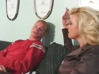 Younger guy fucks euro milf